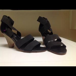 New Black Wedge Size 8 1/2 Madden by Steve Madden